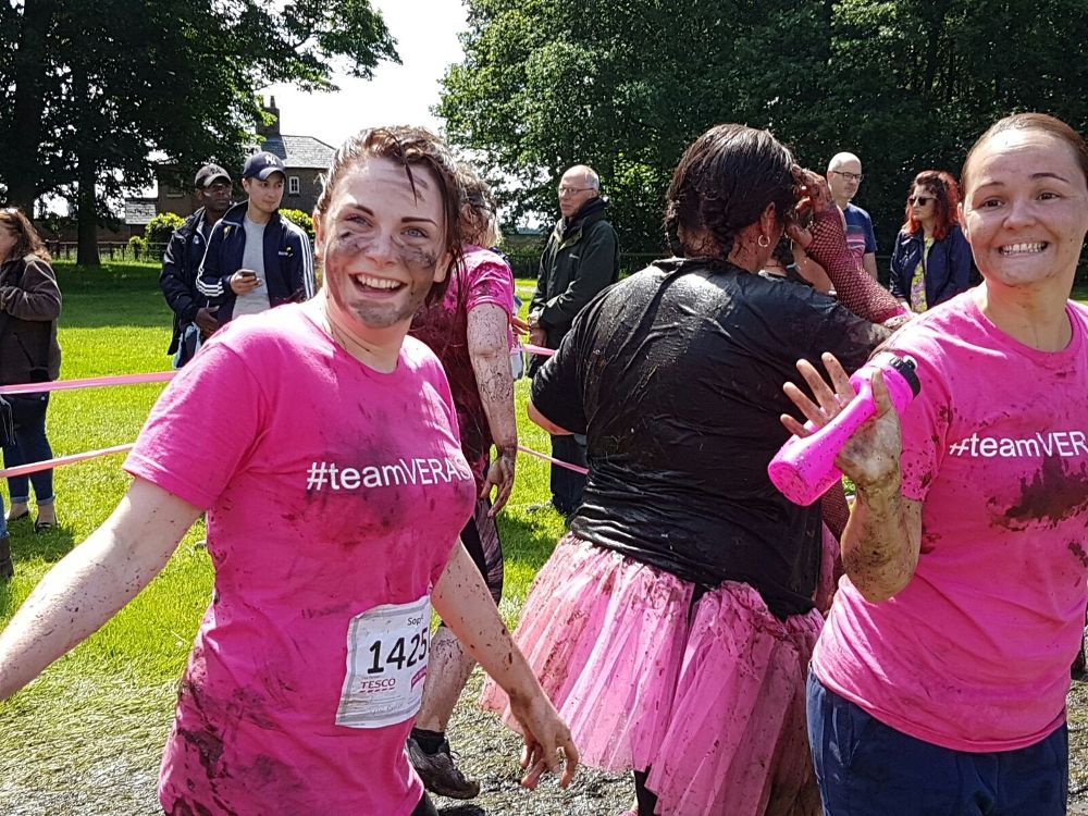 TEAM VERASTAR PROUD TO SPONSOR CANCER RESEARCH UK IN THE PRETTY MUDDY 5K RUN